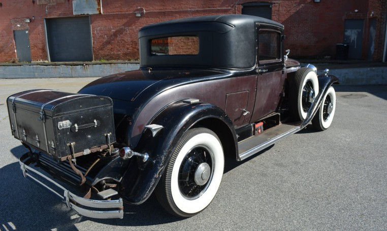 1930 Cadillac 353 Coupe