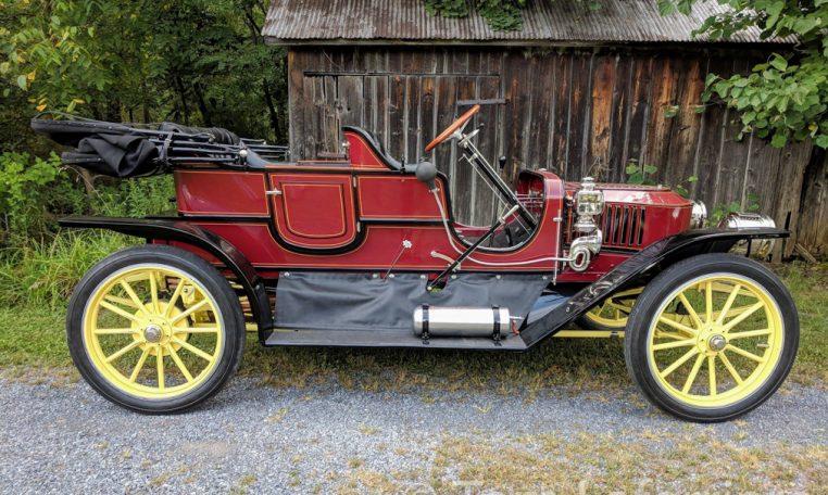 1910 Stanley Model 71 Roadster Toy Tonneau